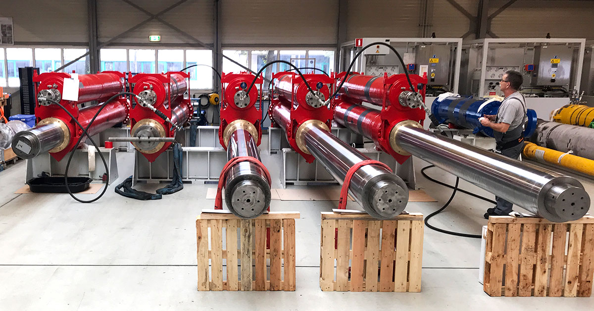 Hydramech Solutions overhaul of wire line tensioner wlt cylinders and accumulators